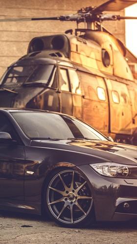 BMW и вертолет