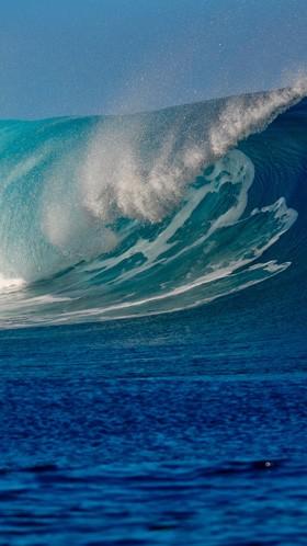 Красивая волна