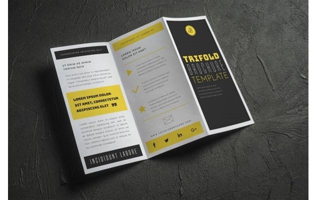 Open trifold brochure mockup Free Psd