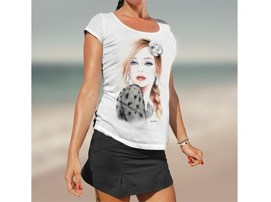 Free Girl T-Shirt Mockup